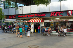 Restaurang KFC (Kentucky Fried Chicken) Arkivfoto