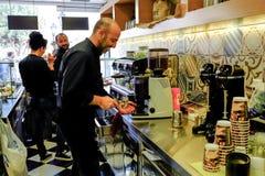 Restaurang och cafeteria i Grekland Arkivfoton