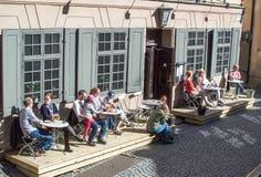 Restaurang och en frilufts- café Arkivbild