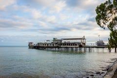 Restaurang på pir, Abchazien Fotografering för Bildbyråer