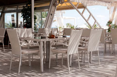 Restaurang på stranden Royaltyfria Foton