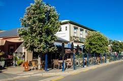 Restauranger, som lokaliseras på Akaroaen, södra ö av Nya Zeeland Fotografering för Bildbyråer
