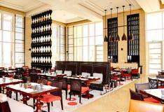 Restauranginre av det lyxiga hotellet arkivbild