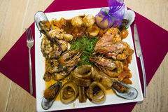 restaurangmaträtt - skaldjur Royaltyfria Bilder