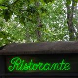 Restaurangtecken, i Italien Arkivfoto