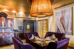 Restaurant binnenlands schot Royalty-vrije Stock Foto's