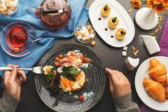 Restaurant breakfast with bacon and fried eggs Royalty Free Stock Photos