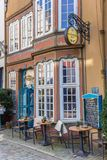 Restaurant coloré dans le secteur de Schnoor de Brême image libre de droits