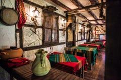 Restaurant coloré du Balkan de style ancien photos libres de droits