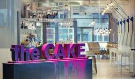 Restaurant dans le style moderne Photographie stock libre de droits