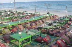 Restaurant de plage sur l'île tropicale Photos libres de droits