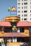Restaurant de Pollos Copacabana dans La Paz Photographie stock libre de droits