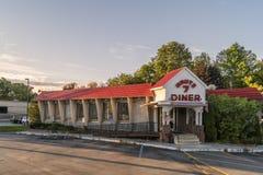 Restaurant de wagon-restaurant de l'itinéraire 7 image libre de droits
