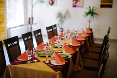 Restaurant dinner table place setting Stock Photography