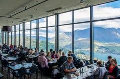 Restaurant et barre de Stratosfare d'horizons, situés en haut de la gondole Image libre de droits