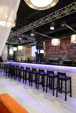 Restaurant européen dans des couleurs lumineuses Images stock
