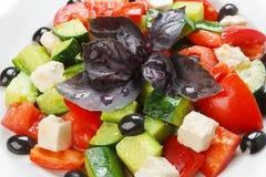 Restaurant gezond voedsel - Griekse salade royalty-vrije stock afbeelding
