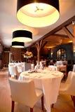 Restaurant in klassieke stijl royalty-vrije stock fotografie