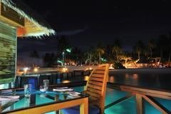 Restaurant in Nacht Royalty-vrije Stock Afbeeldingen