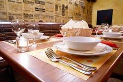 Restaurant orné de table image stock