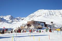 Restaurant panoramique et station moyenne de funiculaire chez Komperdell, Autriche Image stock