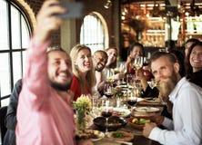 Restaurant refroidissant le concept réservé de mode de vie chic photos libres de droits