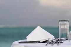 Restaurant sur la plage Photos stock