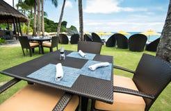 Restaurant sur la plage de station de vacances Images libres de droits