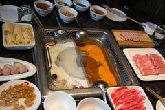 Restaurant und Lebensmittelinhaltsstoffe Hotpot stockbilder