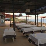 Restaurant van de luxe het Oceaanmening in Lissabon Riviera, Portugal Royalty-vrije Stock Afbeeldingen