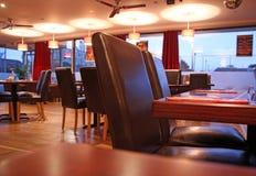 Restaurantaufenthaltsraum-Cafébar stockfotos