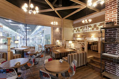Restaurantcafeinterior stock afbeelding