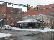 Restaurante adentro en el centro de la ciudad fotos de archivo