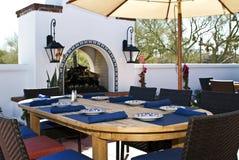 Restaurante al aire libre del patio Imagen de archivo libre de regalías