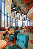 Restaurante com teto do espelho Fotos de Stock Royalty Free