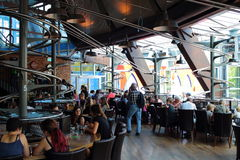 Restaurante dando laços interno FoodLoop Imagem de Stock Royalty Free