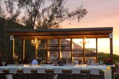 Restaurante del Port-au-Prince en la puesta del sol Imágenes de archivo libres de regalías