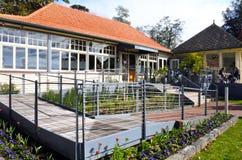 Restaurante do café no parque de Cornualha em Auckland Nova Zelândia foto de stock royalty free
