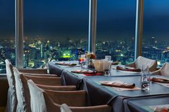 Restaurante en Bangkok en la noche Imágenes de archivo libres de regalías