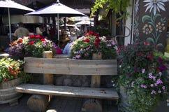 Restaurante en ciudad del alemán de Leavenworth Fotografía de archivo libre de regalías