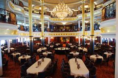 Restaurante en el barco de cruceros Fotos de archivo libres de regalías