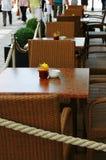Restaurante en la calle imagen de archivo libre de regalías