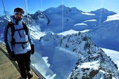 Restaurante en Pitztal Ski Resort, montañas de Otztal, el Tirol, Austria imagen de archivo libre de regalías