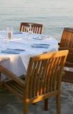 Restaurante en una playa Imagen de archivo libre de regalías