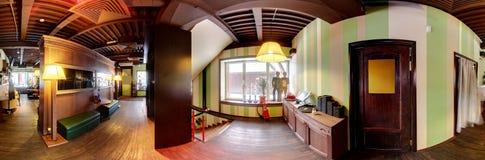 Restaurante europeu em cores brilhantes fotos de stock