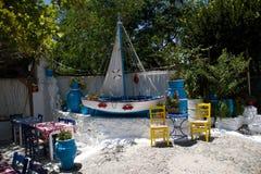 Restaurante grego tradicional taverna foto de stock royalty free