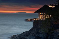 Restaurante lateral do oceano Imagens de Stock Royalty Free