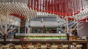 Restaurante moderno no shopping de MBK imagens de stock