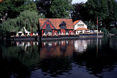 Restaurante na água em Dinamarca Fotografia de Stock Royalty Free