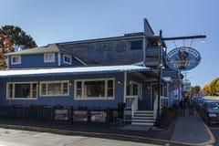 Restaurante no porto da barra, EUA, 2015 imagens de stock royalty free